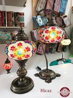 Lámpara turca de mesa #3 - Hecho en Turquía Led, Globe, Lamps, Lights, Home, Turkish Lamps, Organization Hacks, Painting On Glass, Mesas De Luz