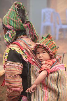 """""""Flower Hmong"""" - Northeast Vietnam"""