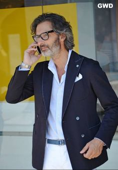 #marcozambaldo Daily Fashion, Men Fashion, Fashion Outfits, Mature Men, Gentleman, Suit Jacket, Style Inspiration, Blazer, Suits