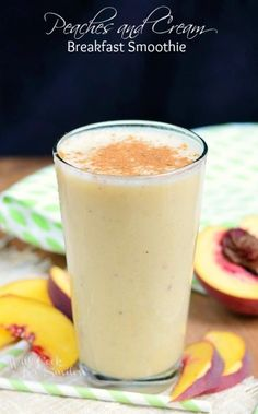 Peaches and Cream Breakfast Smoothie - Healthy smoothies Apple Smoothies, Yummy Smoothies, Breakfast Smoothies, Smoothie Drinks, Yummy Drinks, Healthy Drinks, Breakfast Recipes, Yummy Food, Peach Smoothie Recipes