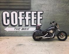 Biltwell sur Instagram: But first, Coffee... p: @losangelesmoto #ridemotorcycleshavefun #biltwellgringo #harleydavidson Roast Session, Street Bob, Harley Davidson Motorcycles, The One, Coffee, Fun, Instagram, Musica, Kaffee
