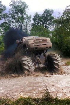 Off road and 4x4 on Pinterest | Lifted Chevy, Jeeps and 4x4