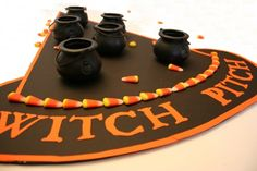 Witch Pitch Games for Halloween ~ Witches and Warlocks of all ages will love this fun party game. Toss your candy corn in the witches pot and see who makes the most in. The winner will probably be the kid that eats the fewest candy corns. Halloween Tags, Halloween Class Party, Halloween Games For Kids, Kids Party Games, Halloween Activities, Spirit Halloween, Easy Halloween, Holidays Halloween, Halloween Crafts
