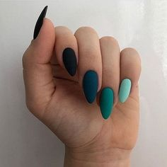 Discovered by maria leonidou. Find images and videos about beauty and nails on We Heart It - the app to get lost in what you love. Summer Acrylic Nails, Best Acrylic Nails, Summer Nails, Spring Nails, Aycrlic Nails, Hair And Nails, Glitter Nails, Cateye Nails, Stiletto Nails