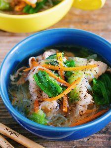 栄養満点♡『豚バラレタスと春雨のコクうま♡塩スープ』 by Yuu | レシピサイト「Nadia | ナディア」プロの料理を無料で検索