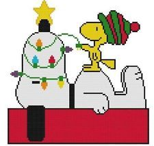 Cross Stitch PATTERN COLOR Peanuts Snoopy Woodstock Christmas Lights Dog House Plastic Canvas Ornaments, Plastic Canvas Crafts, Snoopy Christmas, Christmas Cross, Canvas Patterns, Craft Patterns, Counted Cross Stitch Patterns, Cross Stitch Embroidery, Peanuts Snoopy