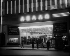 Οι παλιοί κινηματογράφοι στην Αθήνα... Athens, Old Photos, Broadway Shows, Greek, Vintage, Life Magazine, Memories, Old Pictures, Memoirs