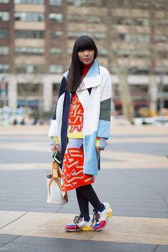 Latest Fashion Week Street Style. Susie Lau looking amazing in Kenzo at New York Fashion Week Fall 2015. #nyfw