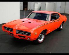 1969 PONTIAC GTO JUDGE COUPE.jpg