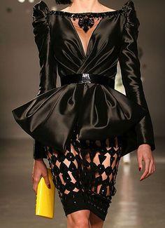 iluvsnoopy014:    Georges Hobeika Spring 2010 Couture