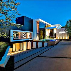 Beautiful underground garage and architecture Modern Mansion, Mansions Homes, Mega Mansions, Expensive Houses, Parking Design, Minimalist Home, Modern House Design, Luxury Real Estate, Villas