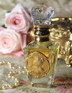 Vanity, roses and perfume