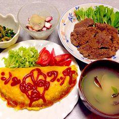 猪の生姜焼き、 オムレツ、 アサリの味噌汁、 タコとハス芋の酢の物、 ほうれん草の胡麻和え です。 - 18件のもぐもぐ - 猪の生姜焼き ほか by Orie Ueki