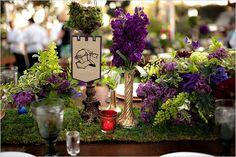 Décoration florale médiévale    http://c.imdoc.fr/1/mariage/inspiration-medieval-fantastique/photo/6708665670/20715470428/inspiration-medieval-fantastique-decoration-table-3-img.jpg