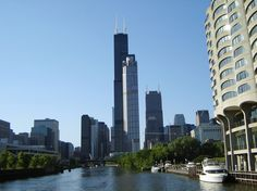 Explore Chicago, Illinois, from beautiful Lake Michigan on the Land and River Architectural Cruise. The cruise will give you gorgeous views of the downtown Chicago skyline and Navy Pier to name a few.