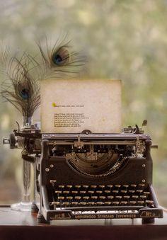 Per scrivere romantiche lettere una veneranda macchina!