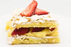 Meringue Cake with Strawberry-Rum Filling