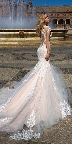 Oksana Mukha 2017 Wedding Dresses / http://www.deerpearlflowers.com/wedding-dresses-we-love-for-2017/7/