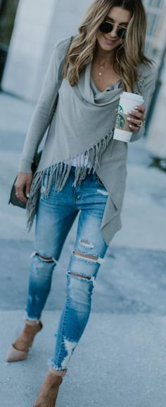 #winter #outfits  gray fringe long-sleeved shirt. Pic by @vicidolls.