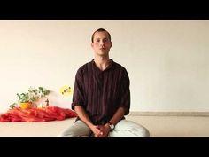 Lakshmana, Ayurvedatherapeut und ehemaliger Leiter der Ayurveda-Oase im Seminarhaus Yoga Vidya in Bad Meinberg, spricht über die kleine Ama-Kur, eine Ayurvedatherapie zur Entgiftung und Entsäuerung des Körpers.   http://mein.yoga-vidya.de/video/kleine-ama-kur-des-ayurveda-zur-entgiftung