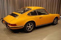 1972 porsche 911 signal yellow 011 by 427 vs 911, via Flickr