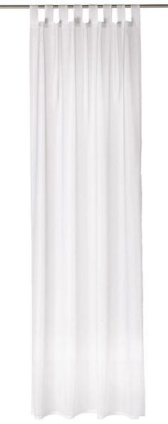 """Mit der Gardine """"Voile"""" von BOXXX rahmen Sie Ihr Fenster stilvoll ein. Der elegante Vorhang mit einer Breite von ca. 140 cm ist aus 100 % Polyester gefertigt und in klassischem Weiß gehalten. Die Montage fällt dank der 8 Schlaufen besonders leicht. Begeistern Sie sich für diese chice Gardine von BOXXX!"""