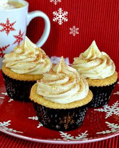 Eggnog Cupcakes with Eggnog Cream Cheese Frosting. You can never have too much #eggnog in one recipe. #christmas