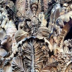 #Repost @capochino67:@Marc_1TT Beautiful #Barcelona  @arabianpages  @Regrann_App from @marc1tt -  Just take a minute as you scroll through and check out this marvelous piece of art. #Gaudi #LaSagradaFamilia #Barcelona  #amazing #style @top.tags #family #nofilter #bestoftheday #nature #life #instagram #swag #followforfollow #sun  #f4f #l4l #beauty #pretty #music #toptags #sky #lol #photo #cool #church #architecture - #regrann