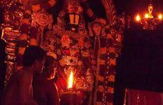 Hinduism History, Lord Balaji, Lord Vishnu Wallpapers, Devotional Songs, Rare Videos, Deities, Wonderful Places, Chakra, Earth