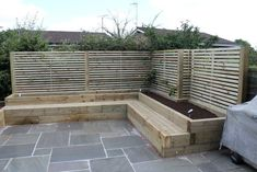 Excellent Cost-Free Garden Seating sleepers Strategies Outdoor spaces and patios beckon, specially when weather gets warmer. Backyard Seating, Garden Seating, Backyard Patio, Backyard Landscaping, Back Garden Design, Backyard Garden Design, Diy Garden Decor, Fence Garden, Sleeper Steps