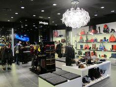 Centro Comercial y de Ocio Bar Cart, Vanity, Mirror, Furniture, Home Decor, Shopping, Tents, Restaurants, Shopping Center
