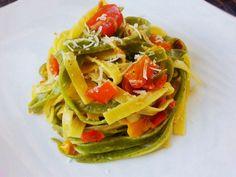 Paglia e fieno a colori http://www.lovecooking.it/primi-piatti-e-risotti/paglia-e-fieno-a-colori/