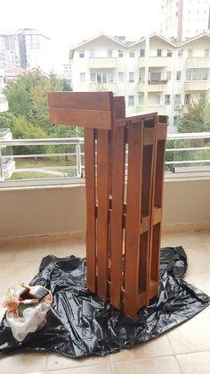 #balcon decoration paletler boyanir kurumaya birakilir 3 gunde tam olarak kurumazlar
