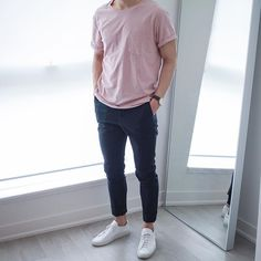 Tuesday's fit minus the jacket. Love the colour of this T