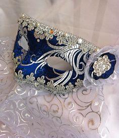 Royal Blue Brocade Masquerade Ball Half Mask with Organza Veil Blue Masquerade Masks, Mascarade Mask, Sweet 16 Masquerade, Masquerade Wedding, Masquerade Costumes, Venetian Masquerade, Venetian Masks, Carnival Outfits, Half Mask