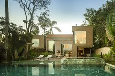 Four Houses in Baleia by Studio Arthur Casas (6)