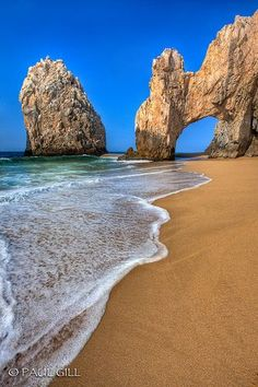 Ilse Verdugo Villarreal Los Arcos Arch - Cabo San Lucas, Mexico, thinking its better than the St Louis Gateway Arch. Vacation Places, Dream Vacations, Vacation Spots, Places To Travel, Holidays To Mexico, Cabo San Lucas Mexico, Spring Break Destinations, Photo Vintage, Am Meer