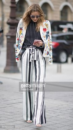 Fotografia de notícias : Olivia Palermo seen in the streets of Paris...