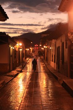De vuelta a casa, via Flickr.  San Cristobal de las Casas, Chiapas  México