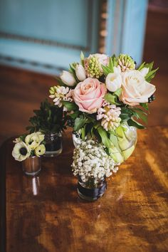 pretty mixed florals |  Read more on http://onefabday.com/bradbourne-house-by-jess-petrie/