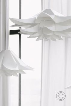 Designed by Norman-Copenhagen this self-assembly Scandinavian pendant is made from pure white matte lampshade foil. Its shape derived from nature and water lilies distributes a soft, welcoming light through its layered petal-like segments. #scandinavian #lighting #scandinaviqndesign #lightingdesign #scandi #pendant #pendantlighting #interiorpendant #scandinavianinterior #danishdesign #danishinterior Shop Lighting, Lighting Design, Pendant Lighting, Scandinavian Lighting, Scandinavian Interior, Norman Copenhagen, Danish Interior, Origami Flowers, Nordic Design