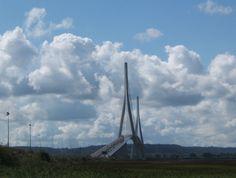 http://faaxaal.forumgratuit.ca/t2073-le-pont-de-normandie-france