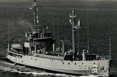 This 181 foot ex US ware ship is full of green eels, spiny lobsters, schooling snappers and secrets!