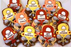 LilaLoa - Just Married Cookies with tutorial