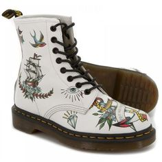 These were the ones I wanted for Christmas Queeny...but I got cherry ones instead ;)