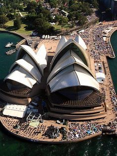 Australian Icon: The Sydney Opera House.we attended a Christmas concert here in can honestly say we sang at the opera house because the opera singer had us participate in the choral singing! What an unforgettable experience! Brisbane, Melbourne, Perth, Wonderful Places, Great Places, Beautiful Places, Tasmania, Great Barrier Reef, Sydney Australia