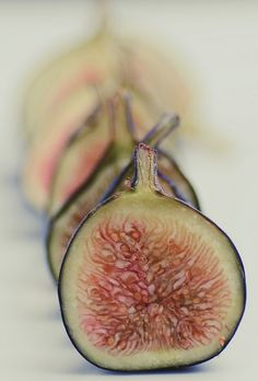 Figues   by Silvia Patricia Balaguer