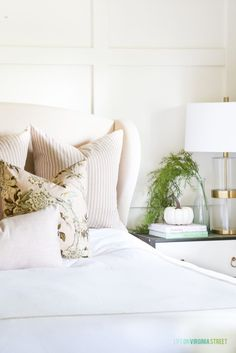 A Blush-Toned Fall Guest Bedroom & Why I Make My Own Pillows - Life On Virginia Street #throwpillows #diypillows