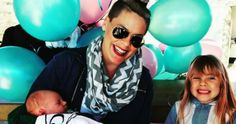# Pink wirft Tochter Willow eine 'Big Sister Party', um Son's N … – Bloğ Trends 2018, Hot Moms Club, Pink Throws, Entertainment Tonight, Old Singers, Hollywood Star, Celebrity Babies, New Moms, New Baby Products