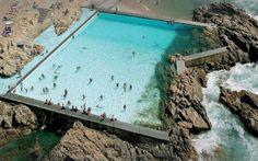 Piscina das Marés (Pool das Mares) Matoshinhos, Porto, Portugal by architect Alvaro Siza